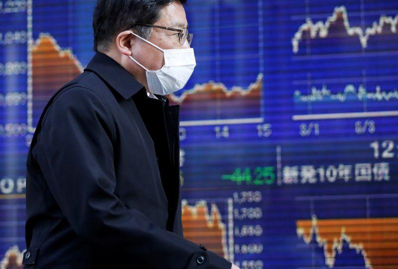 World shares advance on surprise U.S. job recovery
